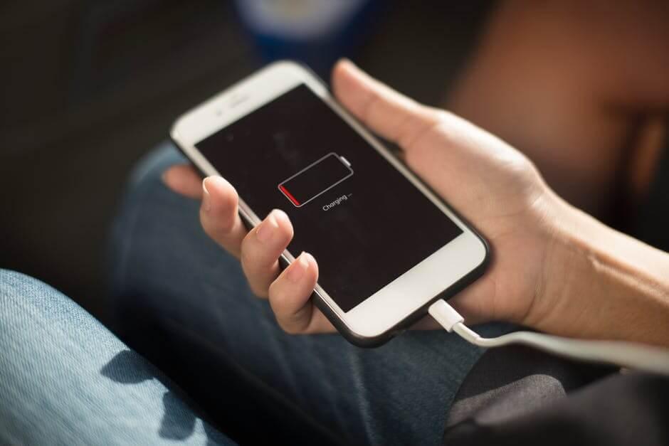 Incarcare Baterie la iPhone - Prelungirea Bateriei pe Apple
